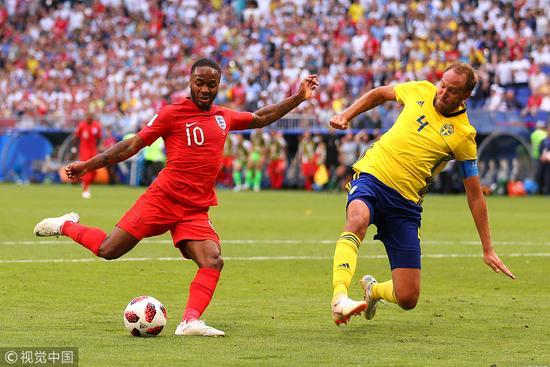 啥情况?英格兰为对手投票 皇马巴萨球迷世纪联姻